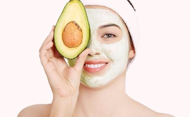 Abacate faz bem pra pele